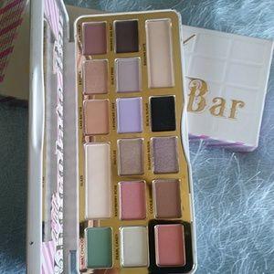 Too Faced Makeup - Too faced withe chocolate bar